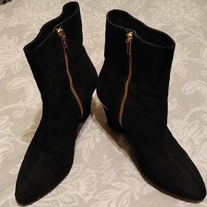 Michael kors boots 🌹